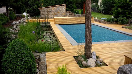 Kora holzschutz bordure de piscine for Pool bordure
